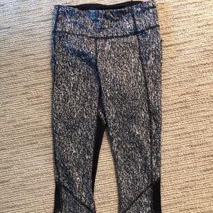 Gently used Lulu Lemon mid length workout pants